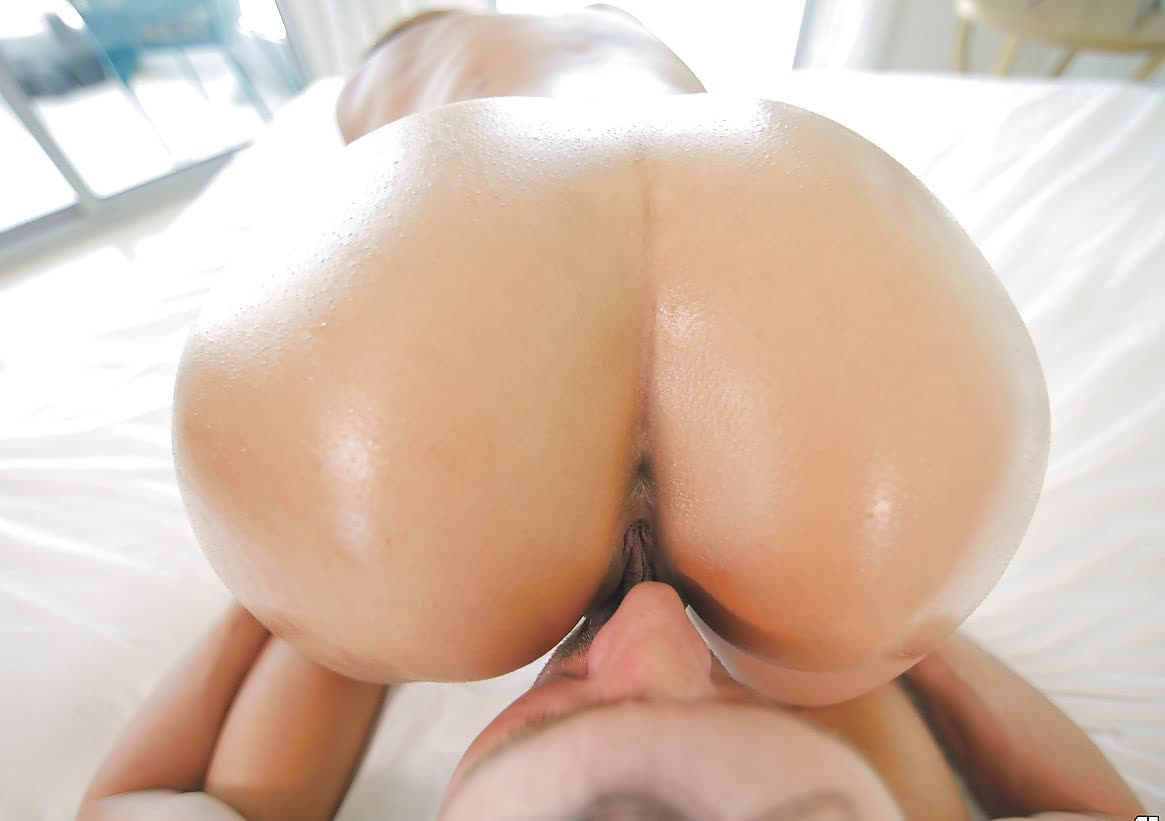 Spanish Kiss On The Monster Cock porn videos